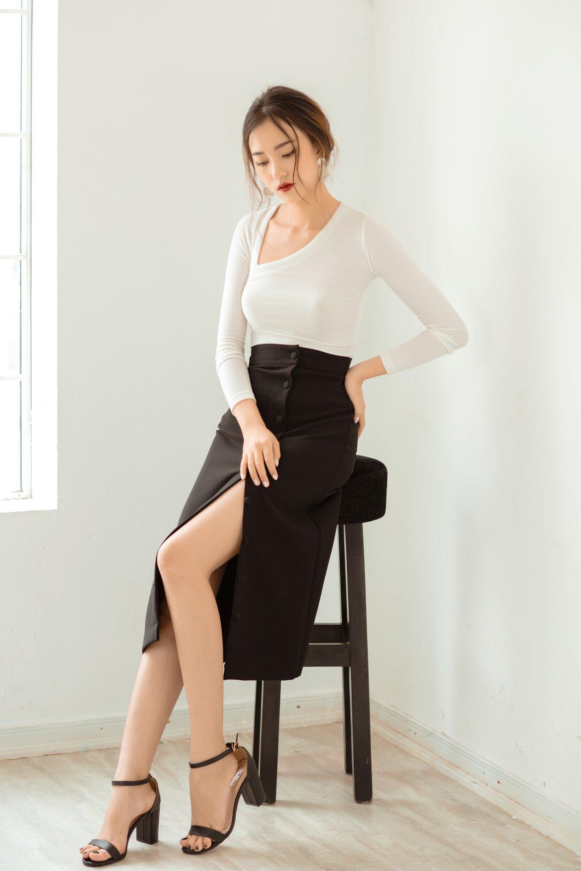 Top 5 chân váy đẹp Hàn Quốc tôn dáng mới nhất 2018 - chân váy xẻ tà