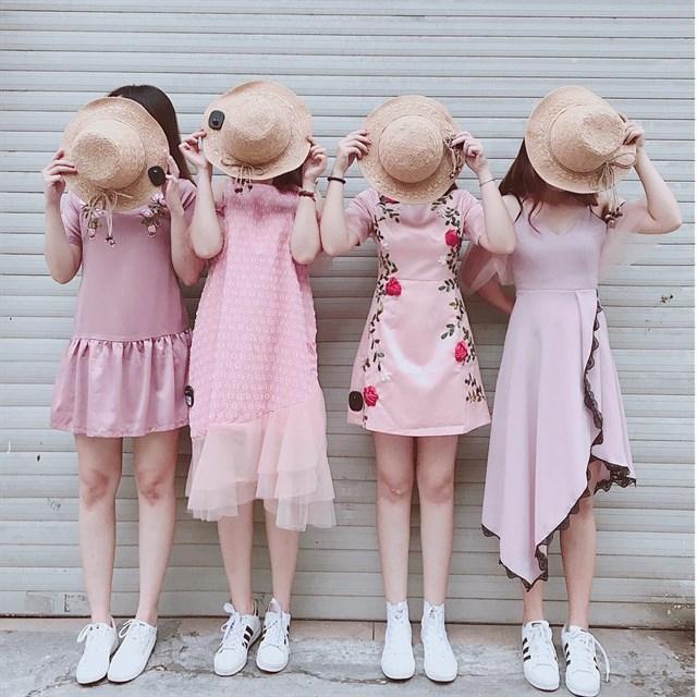 tips phối váy maxi với mũ