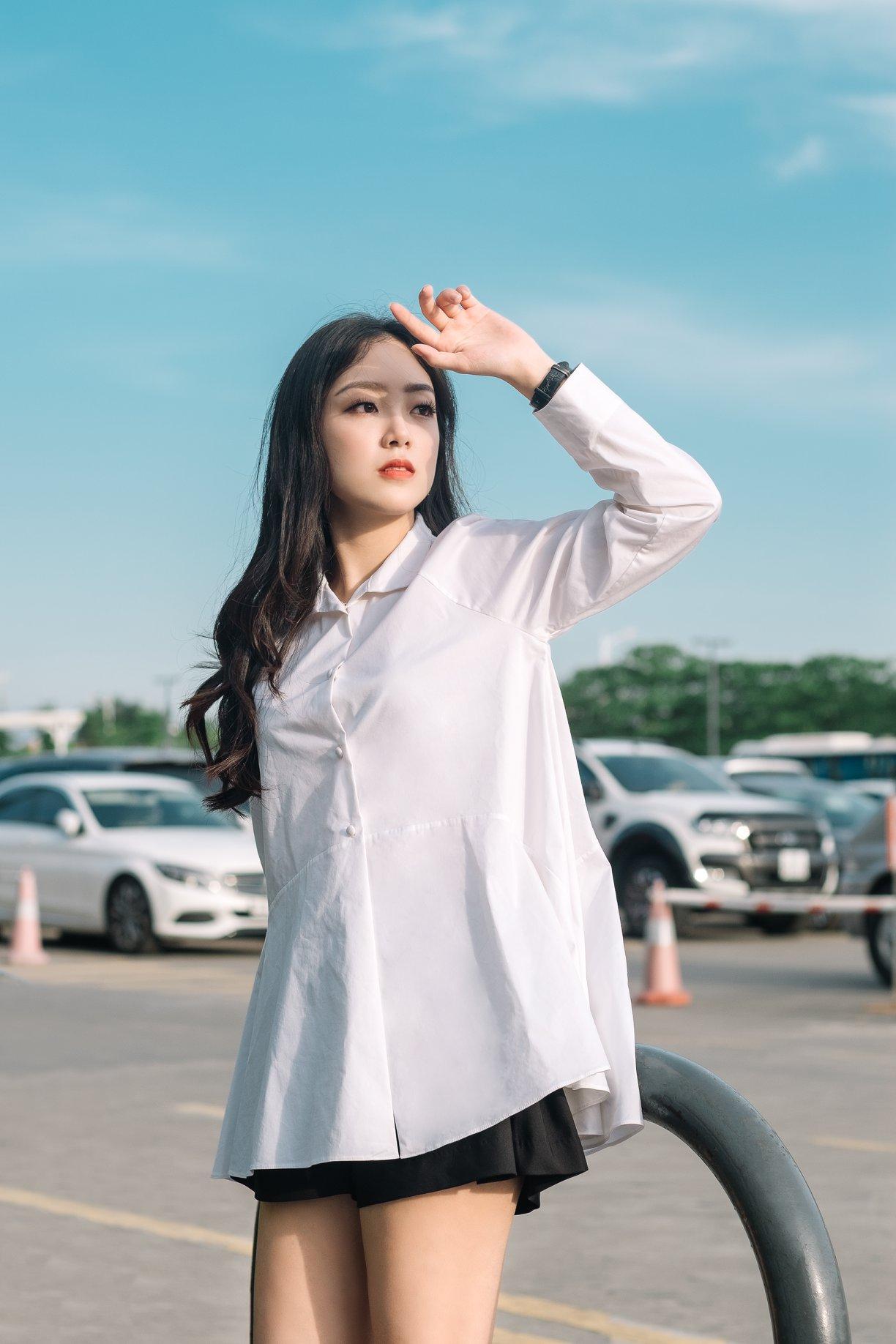 áo sơ mi trắng kiểu nữ